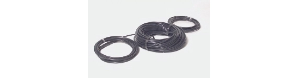 Outdoor heating cables